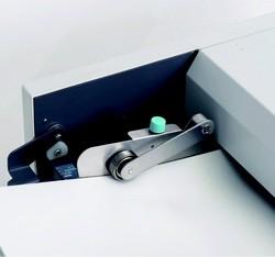 Plieuse automatique à friction DF-870, vue précise